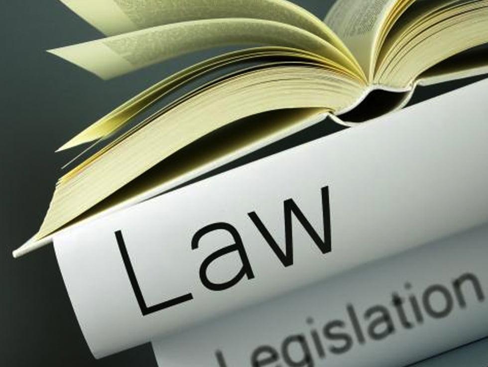 plaintiff vs defendant